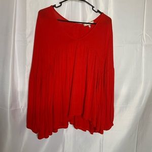 Eri and Ali size medium red button back top blouse